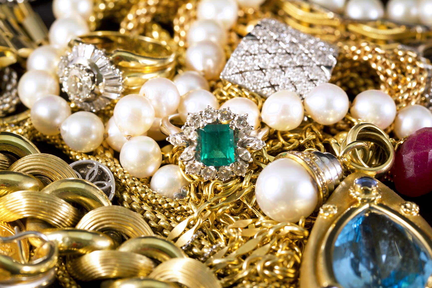 Selling Your Jewelry for Cash: Is It Worth It?